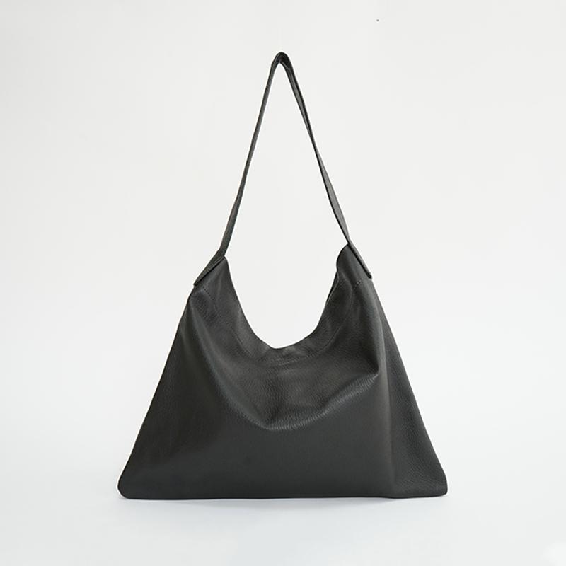 植物タンニンなめし豚革のワンショルダーバッグ1 ブラック / T20101 Black