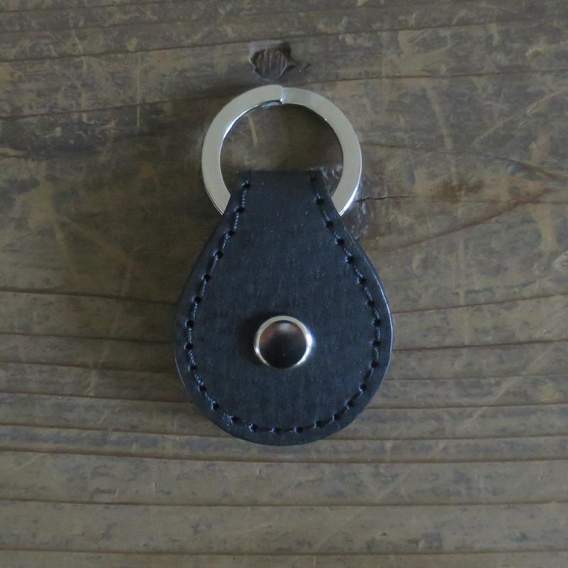 [旧ブランド leatheria 限定品] ワンコイン キーリング ブラック / L1838 Black