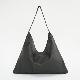 植物タンニンなめし豚革のワンショルダーバッグ2 ブラック / T20102 Black
