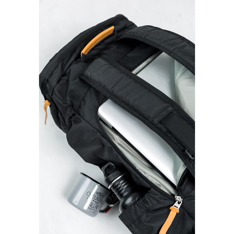 ユナイテッドバイブルー 45L Range Daypack Black