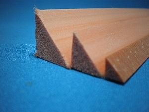 角水切りクランウッド面木・長さ2,000mm KS−20  100本入り(メーカー直送品)