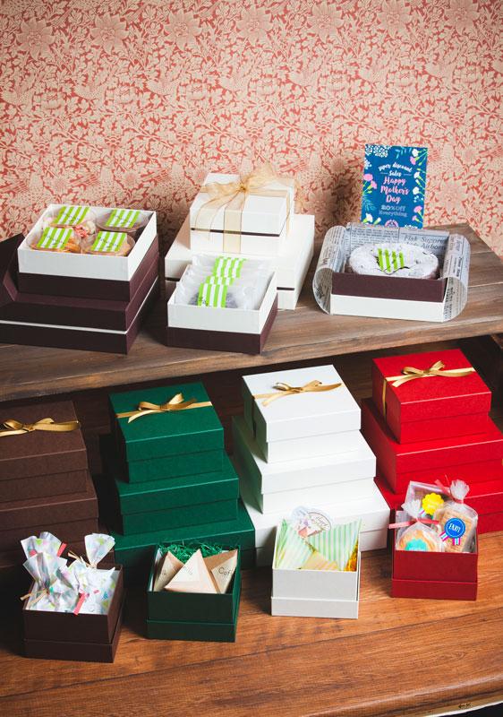 焼き菓子用 正方形フェザーギフトケース【S】(1セット100個入)