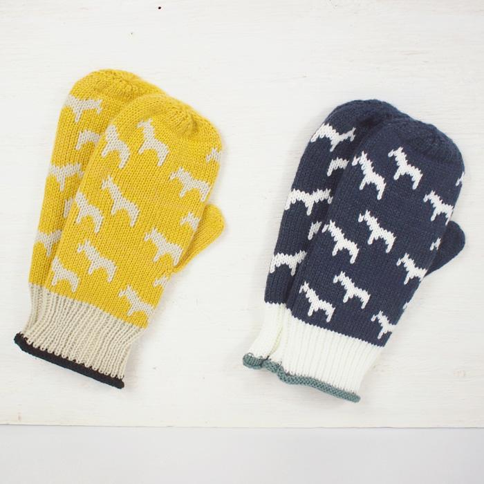 ポニー柄がほっこり<br>北欧風ホースミトン手袋
