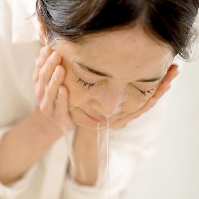 100%無添加<br>米ぬか酵素洗顔クレンジング