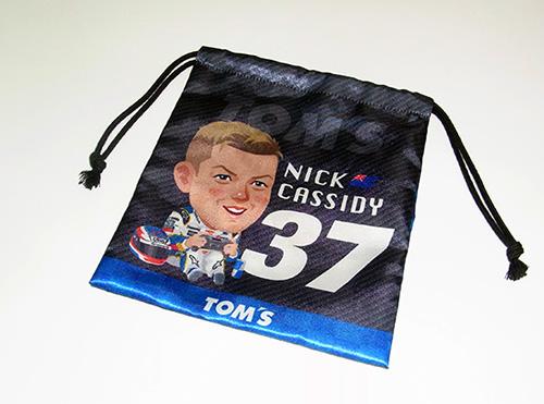 トムス 巾着 37 ニック キャシディ