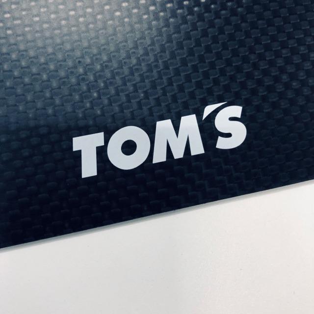 トムス カーボンマウスパッド