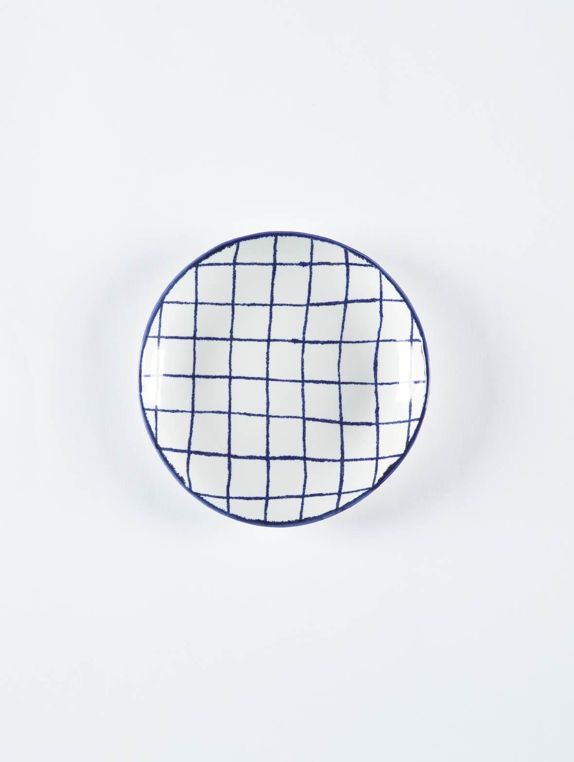 マリアンヌの丸い皿(チェックのS)