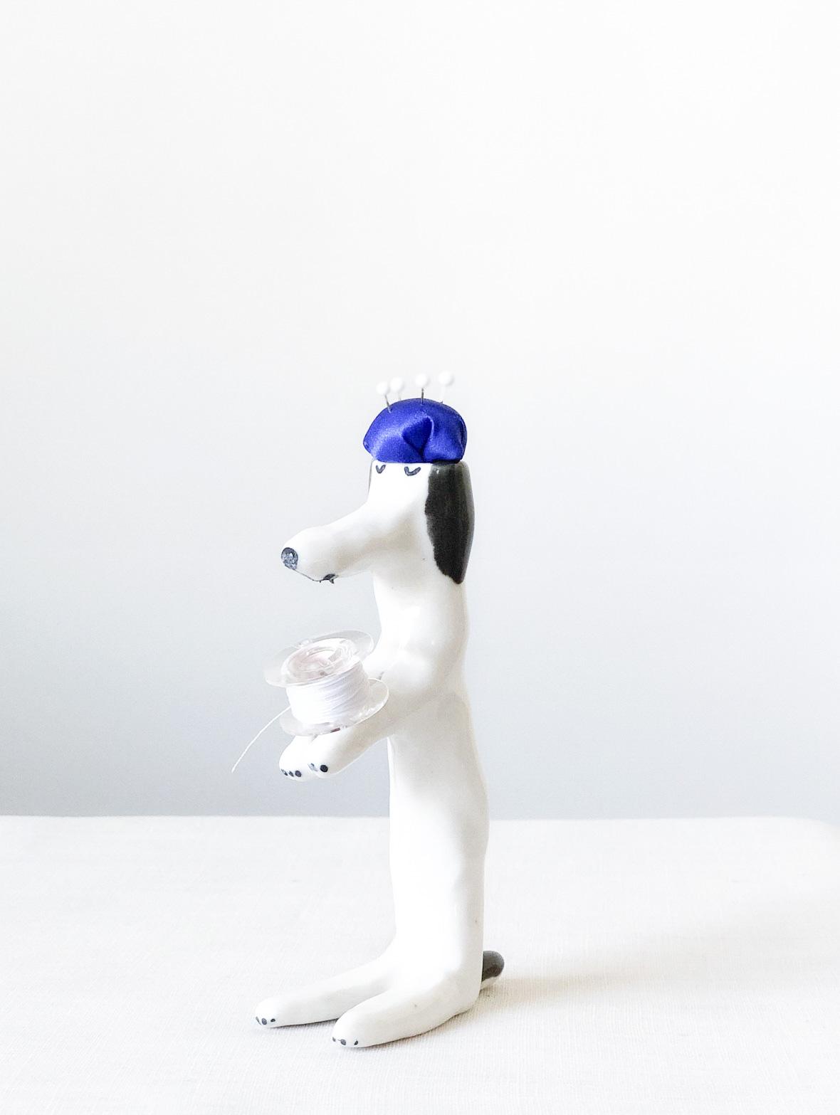 【TK】ピンクッション(うたたねしている犬・黒-青)