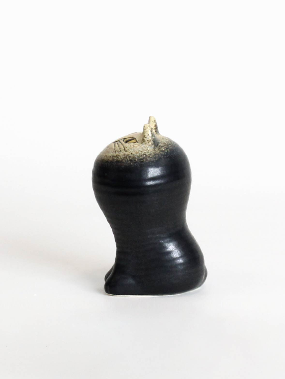マヤ (ブラック)