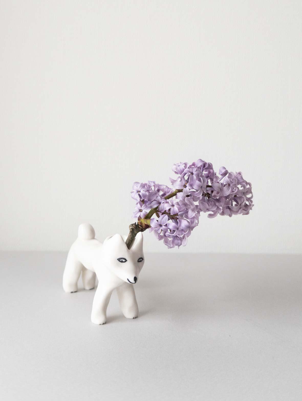 柴犬のお手伝い(花瓶)