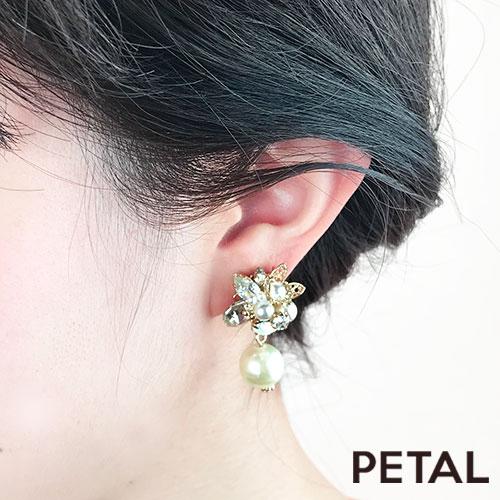 お花とストーンとパールの仲良しイヤリング 【PETAL MARKET】