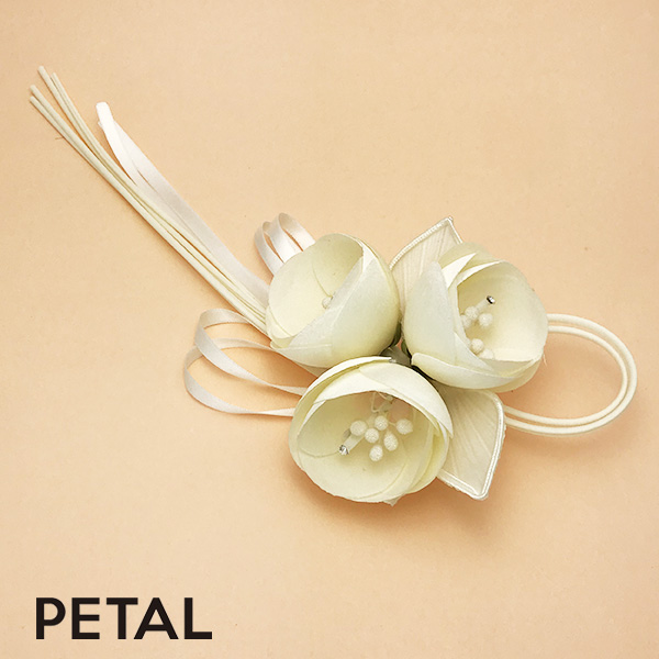 ブライダル☆花束のピン【PETAL MARKET】