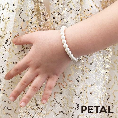 キッズ☆大人になったみたい♪ミニパールネックレスとイヤリングとブレスのパール豪華3点セット【PETAL MARKET】