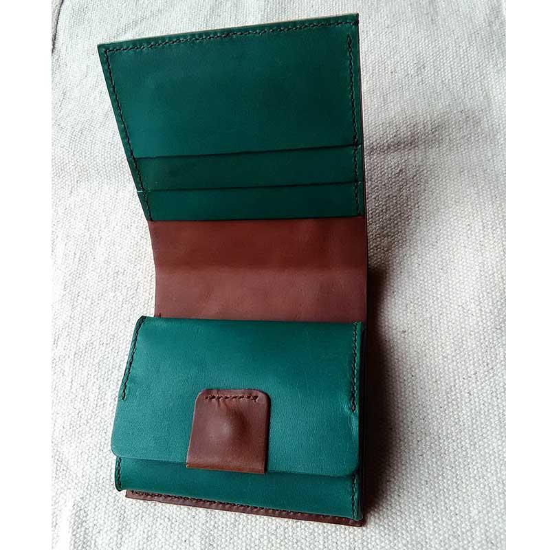 ボックス小銭入れ二つ折り財布