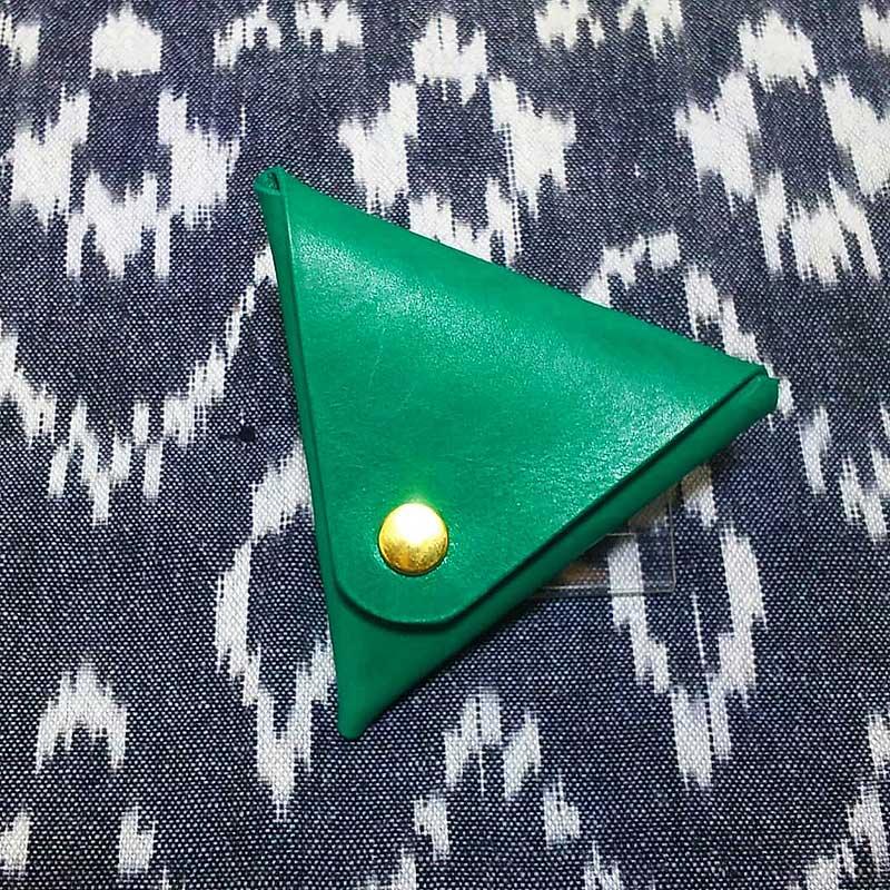 三角型コインケース