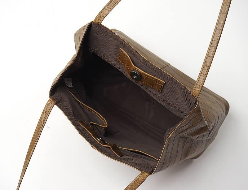 クロコショルダーバッグ