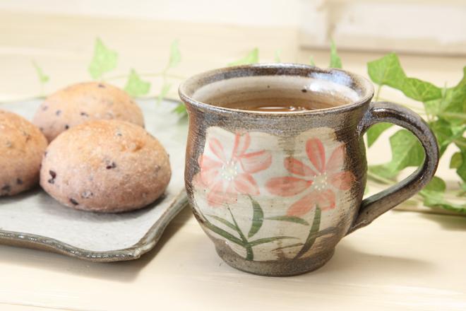 【益子焼】たっぷりマグカップ【コスモス/朱色】【単品1個】