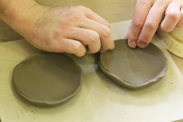 【陶芸体験教室よこやま】おうちで陶芸体験セット!益子の粘土250グラムと作り方のご説明書付き※代引決済不可