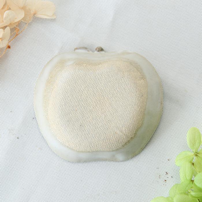 【益子焼】釉薬シリーズ 可愛いりんご風の豆皿 小皿 白マット釉 白系色【単品1枚】