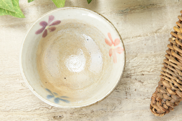 【益子焼】お花いっぱいのおちょこ【開いた形・単品1個】