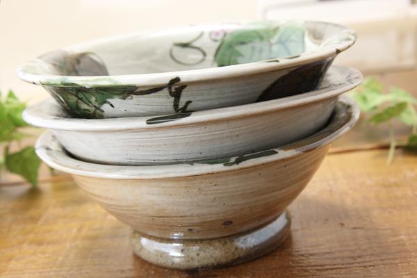 【益子焼】ぶどうの小鉢【白化粧ぶどうシリーズ】【単品1個】