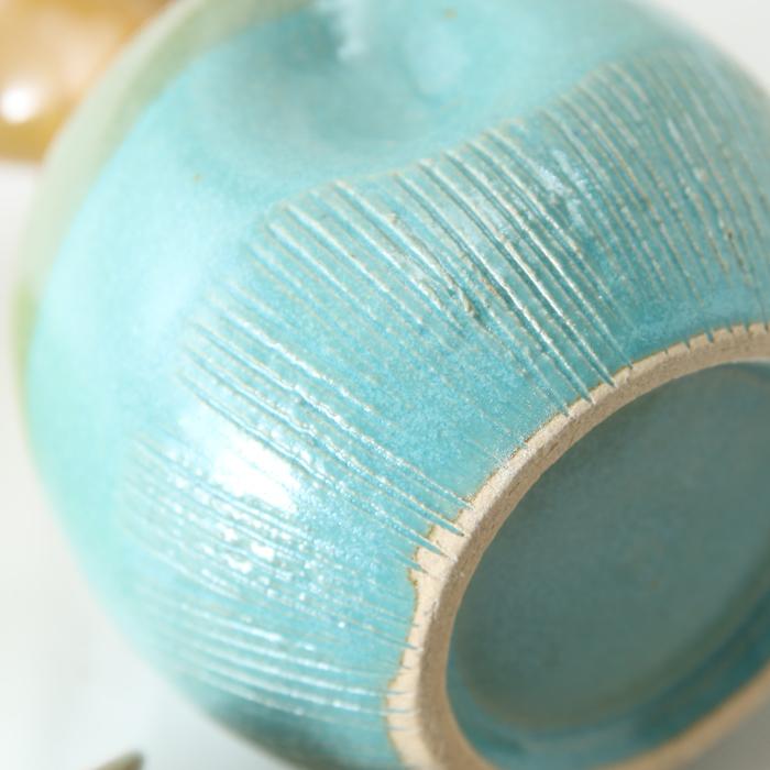 【益子焼】釉シリーズ 酒器セット 酒器揃え クシ目のデザイン ターコイズブルーと薄あめ釉 【とっくり1本・おちょこ2個のセット】