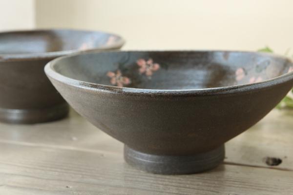 【益子焼】どんぶり・麺鉢に最適!少し浅めな丸どんぶり【さくら模様】