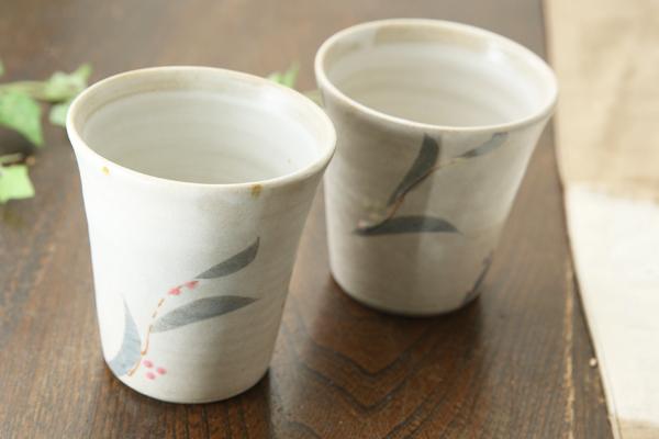 【益子焼】釉シリーズ カラフル露草のお手頃フリーカップ 【つやなし白マット釉シリーズ・単品1個】