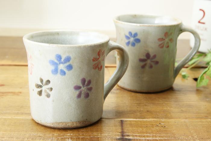 益子焼を贈り物に♪ギフトにオススメセット☆お花いっぱいシリーズ【ペアマグカップ・夫婦ごはん茶碗セット】