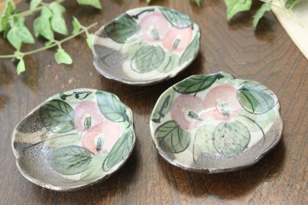 【益子焼】たたら作りの変形しょうゆ皿 優しい風合いのつばきシリーズ【単品1枚】