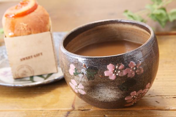 【益子焼】お手頃サイズのカフェオレボウル【凹みあり・さくら模様・単品1個】