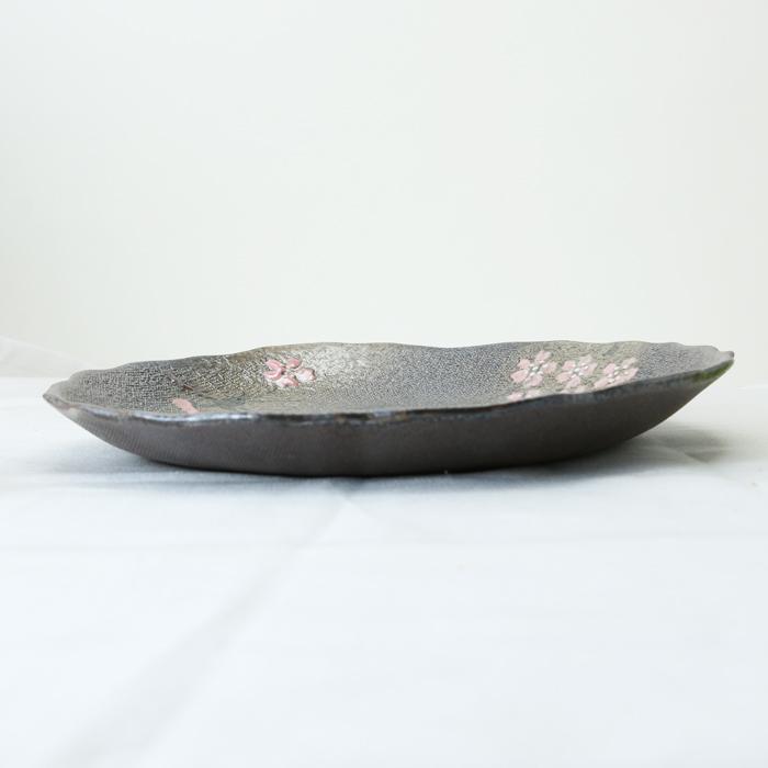 【益子焼】縁がポコポコ浅めなパスタ皿23cm【浅め・さくら模様・単品1枚】