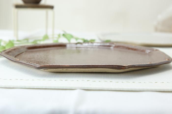 【益子焼】釉シリーズ。いっちんドット柄の八角プレート23.5cm【サイズ大・単品1個】