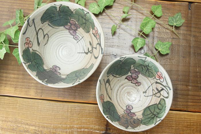 【益子焼】ぶどうの夫婦ごはん茶碗【白化粧ぶどうシリーズ】