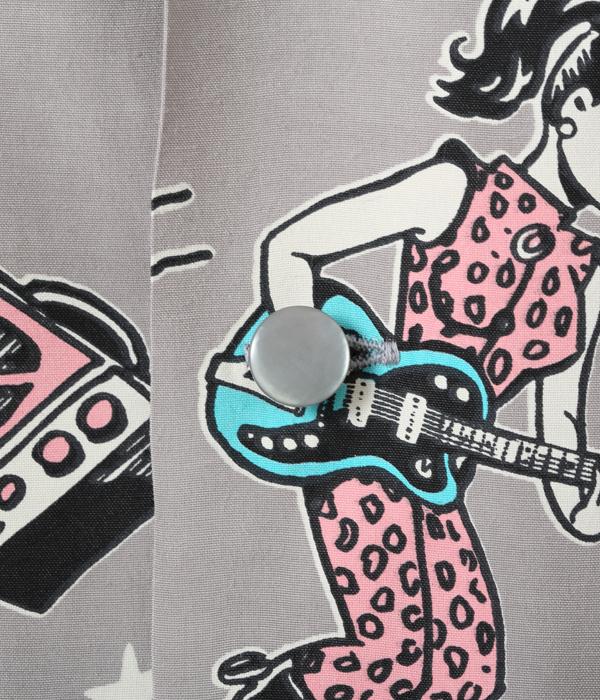 "Lot No. SH38375 / HIGH DENSITY RAYON OPEN SHIRT ""GIRLS 'N' GUITARS"" by VINCE RAY"