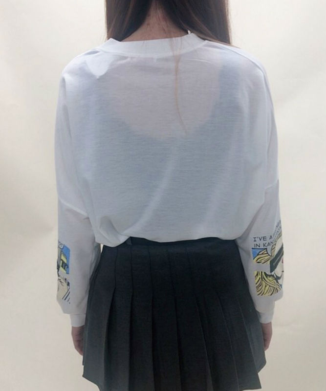 Sleeve zip print logo sweater