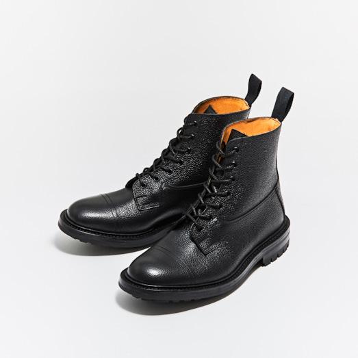 M6895 GRASSMERE / BLACK SCOTCH GRAIN (COMMANDO SOLE)