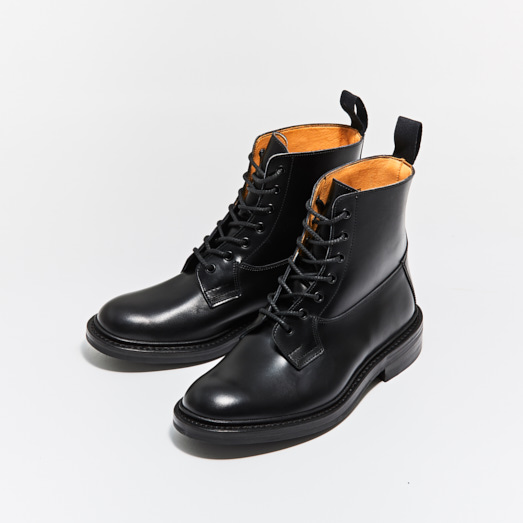 M5635 BURFORD / BLACK CALF (DAINITE SOLE)