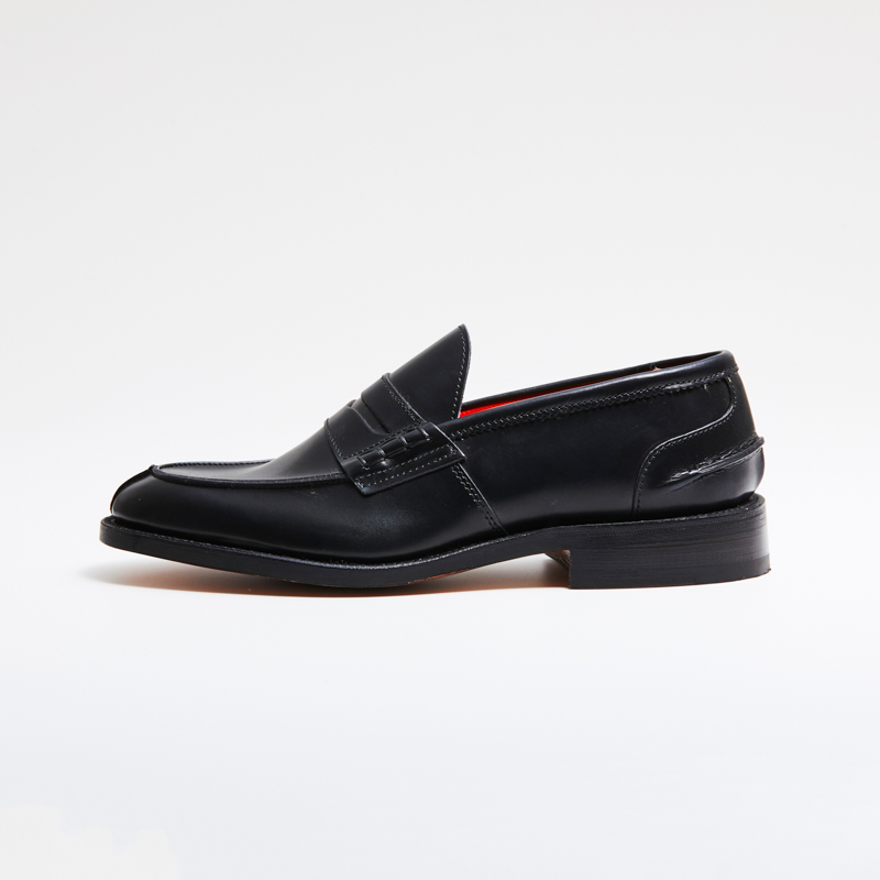 L5673 / BLACK CALF (LEATHER SOLE)