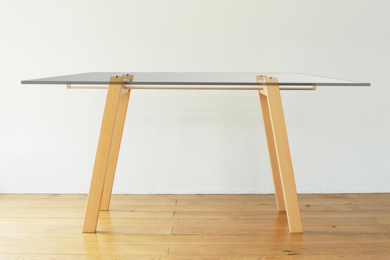 【OUTLET】テーブルトレストルウーゴ / フレイラウム