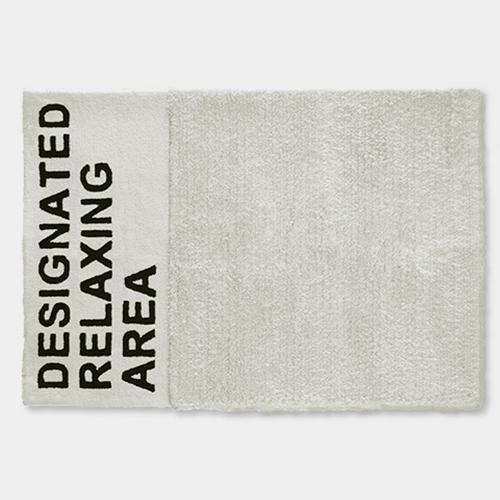 デジグネイテッド リラクシングエリアラグ ホワイト / エアコンディションド
