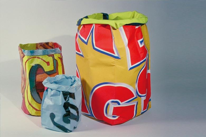 リサイクルポスターのゴミ箱 XLサイズ (ペーパー・バッグ) / グッズ