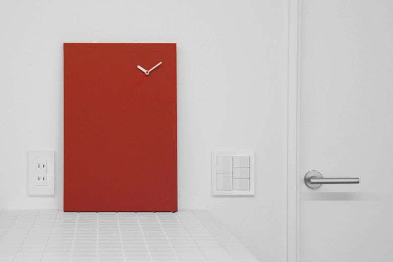 黒板の時計 レッド / チャンバー・オーケストラ