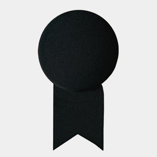 サテンの徽章のブローチ ブラック (メダル) / レババ