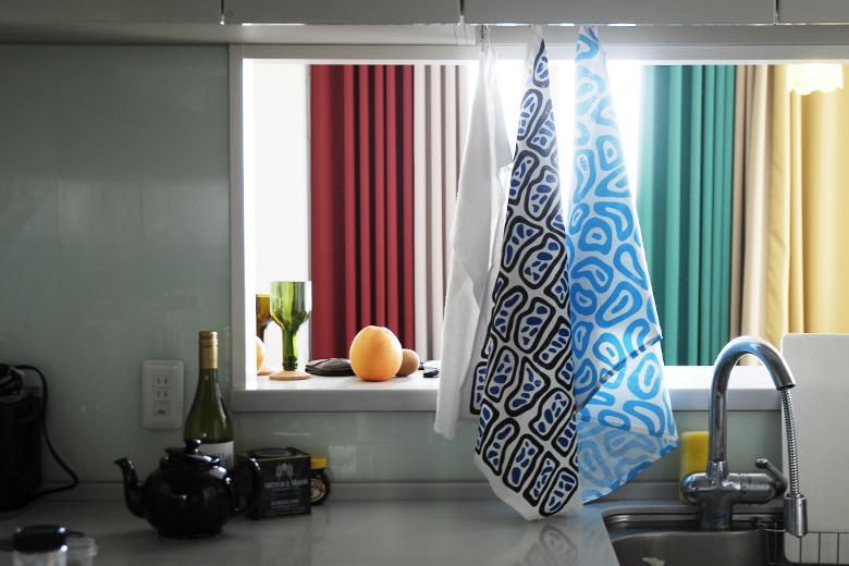 麻綿素材のティータオル 2柄セット 細胞&水滴 / ナタリー・ドゥ・パスクエ