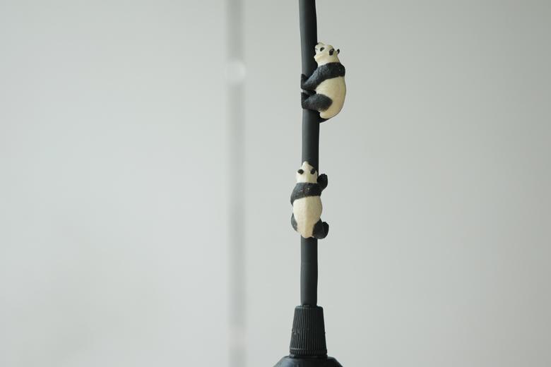 上へ上へ(コードを登る動物の照明) パンダ / チャンバー・オーケストラ