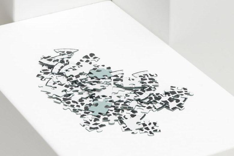 レースのテーブルセンターのパズル / デタイルス・プロドゥクテ + イデーン