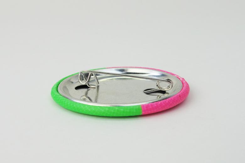 蛍光テープのブローチ  ピンク×グリーン (ネオン・テープ) / レババ