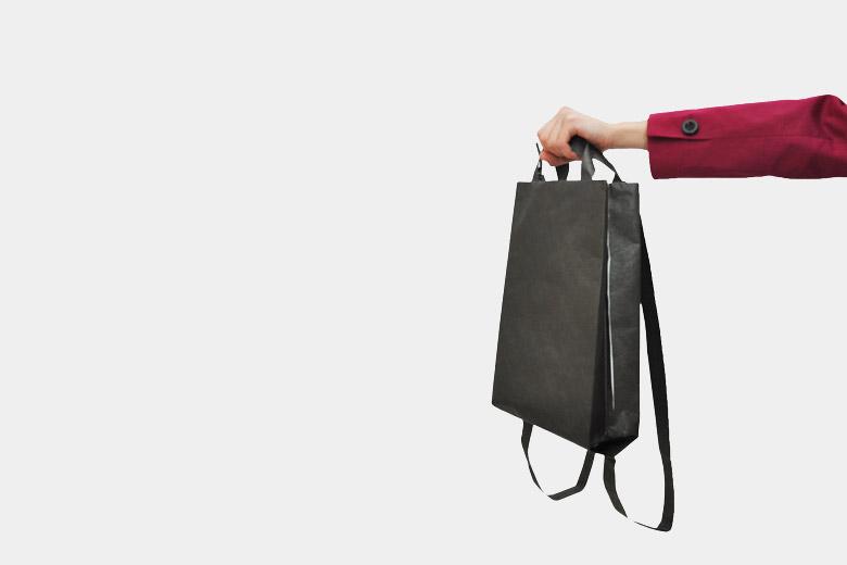 タイベックスの2Wayバッグ(手提げ/リュック) / ラウムゲシュタルト