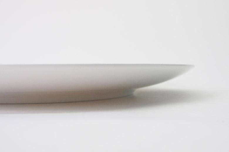赤い曲線の皿 / ルイーズ・ブルジョワ